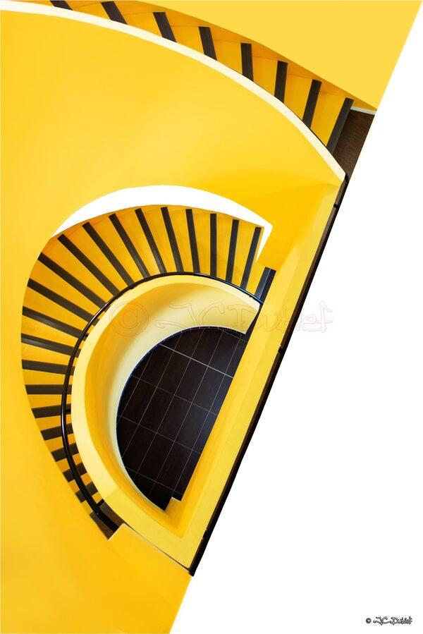 Escalier jaune...