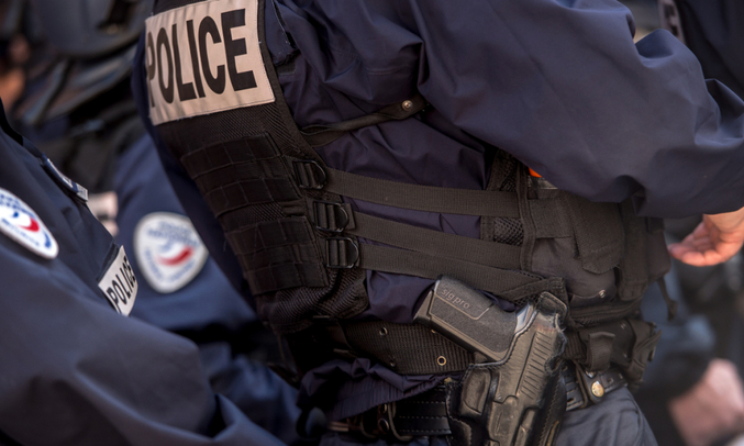 police arme