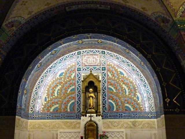 Crypte de la basilique de Lysieux 3 mp1357 2010