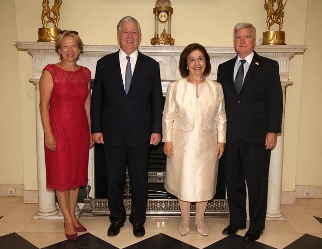 «75 ans de visite du roi Peter II aux États-Unis et au Canada»