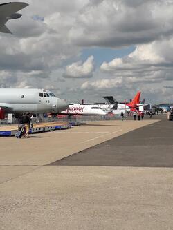 Derniers préparatifs pour le 53 eme salon int. de l'aéronautique Paris le Bourget