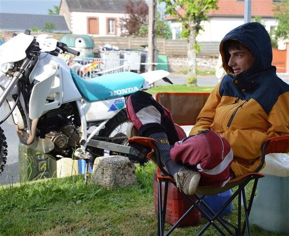 Blog de sylviebernard-art-bouteville : sylviebernard-art-bouteville, 31ème ENDURO DE BONNAT - 16 MAI 2015