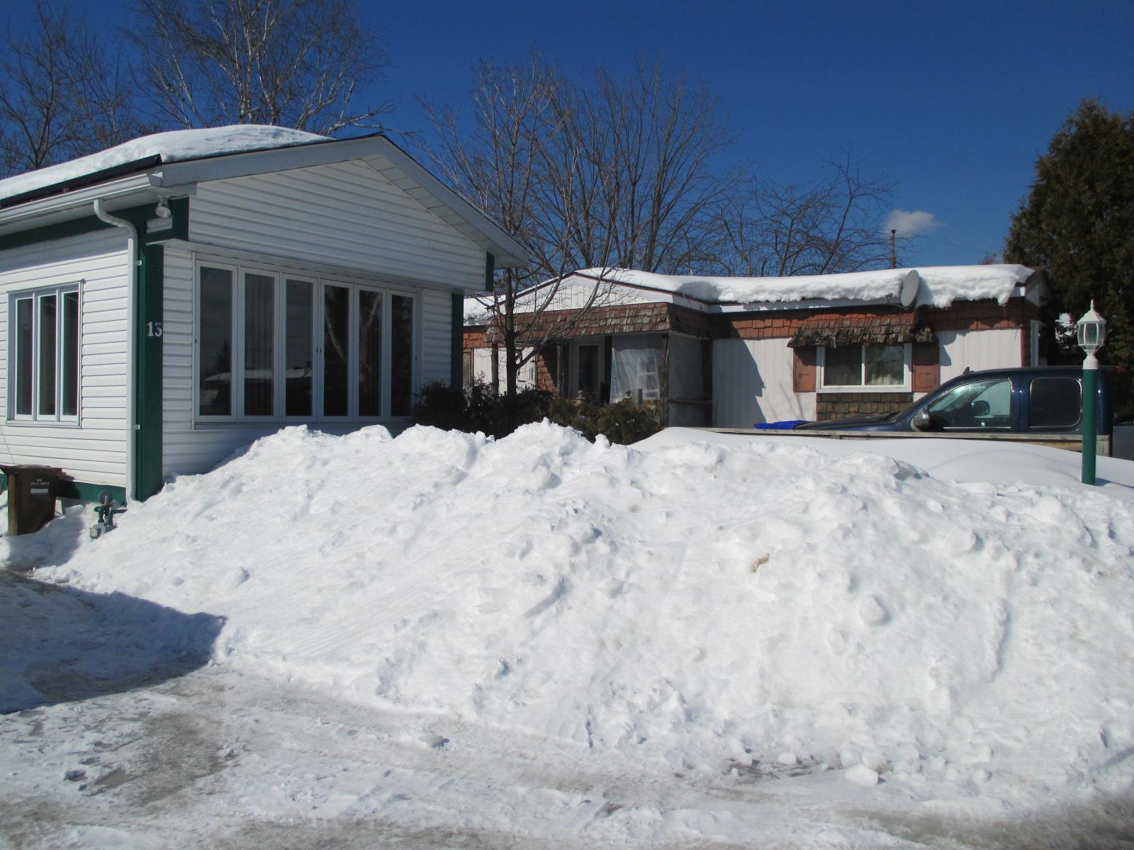 Chez-moi, on a un peu de neige, hahaha.