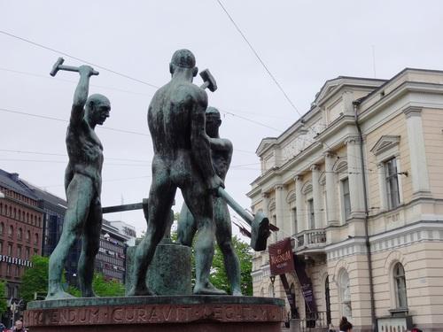 Helsinki en Finlande: autour de l'avenue Aleksanterinkatu (photos)