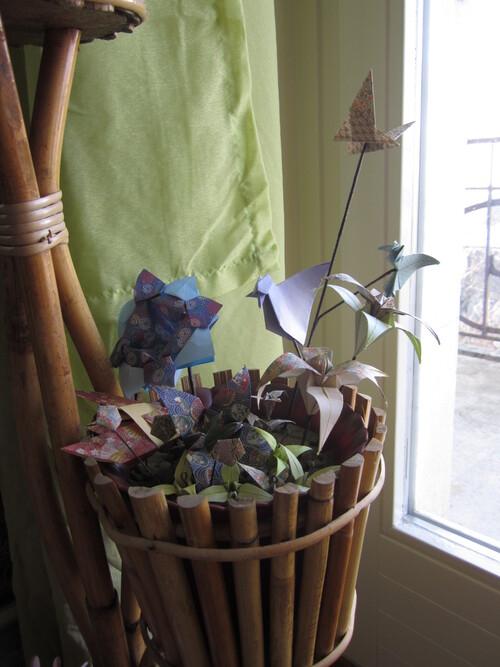 Composition florale en origami