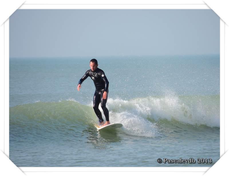Soleil et surf sur la grande plage de Lacanau-Océan - 1/2