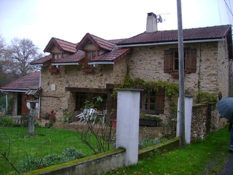 RANDONNEE A CHAMPAGNAC- LA -RIVIERE .