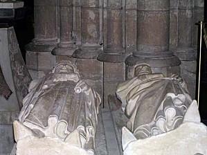 normal gisant-charles-martel-et-clovis-II (1)