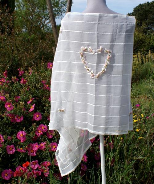 Longue étole de mariage en lin blanc