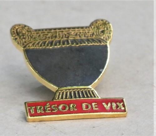 """Le vase de Vix et ses """"avatars"""", un notule de Dominique Masson, bien de circonstance en cette période de fouilles du tumulus où il fut découvert...."""