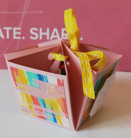 """atelier """"calendrier d'anniversaire"""" : les cadeaux...."""