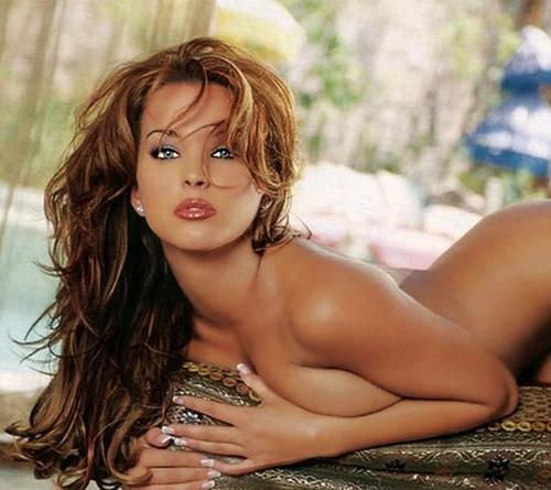 Shannon Stewart nue, playmate star de Playboy