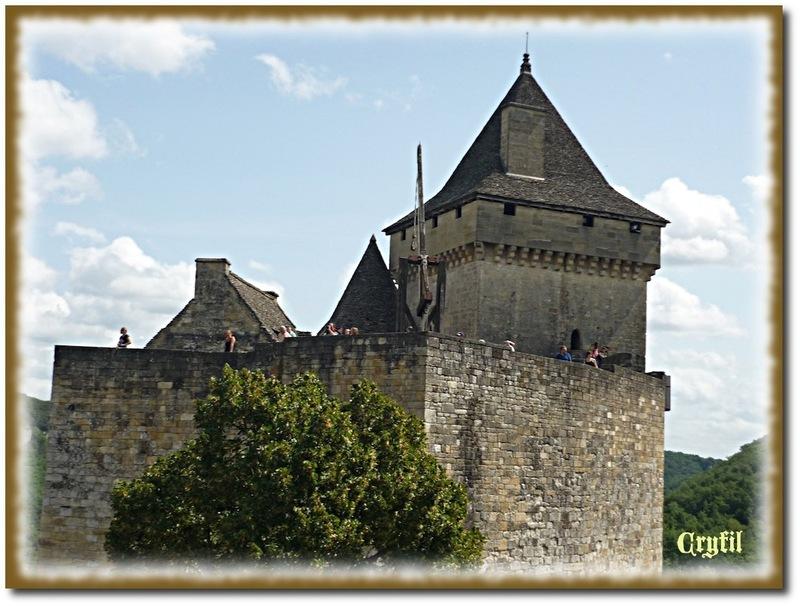 La visite du château continue