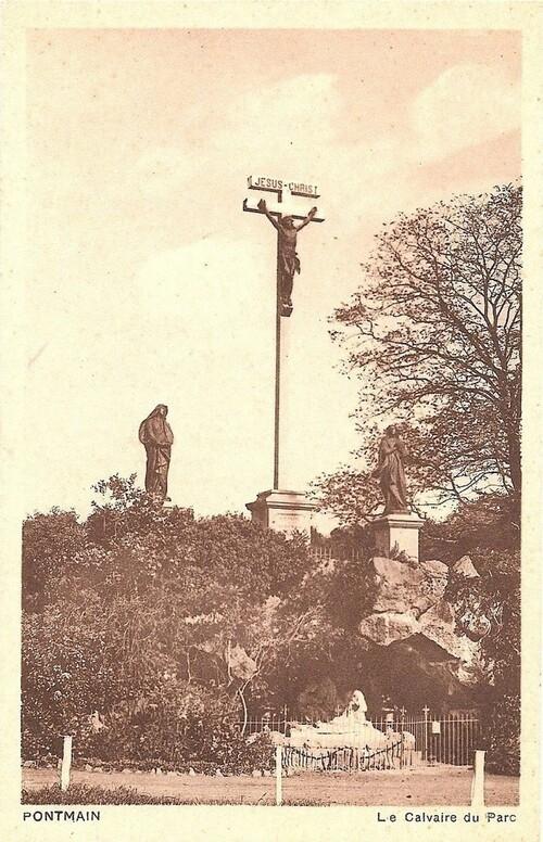 Pontmain : Le domaine de la croix
