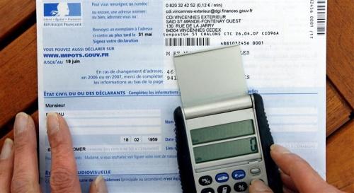 Impôts : Revenus au devant de la scène