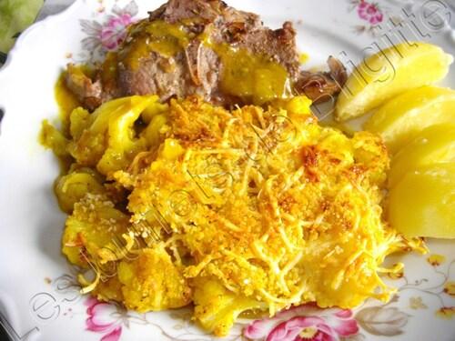 Chou-fleur au curry et aux oignons