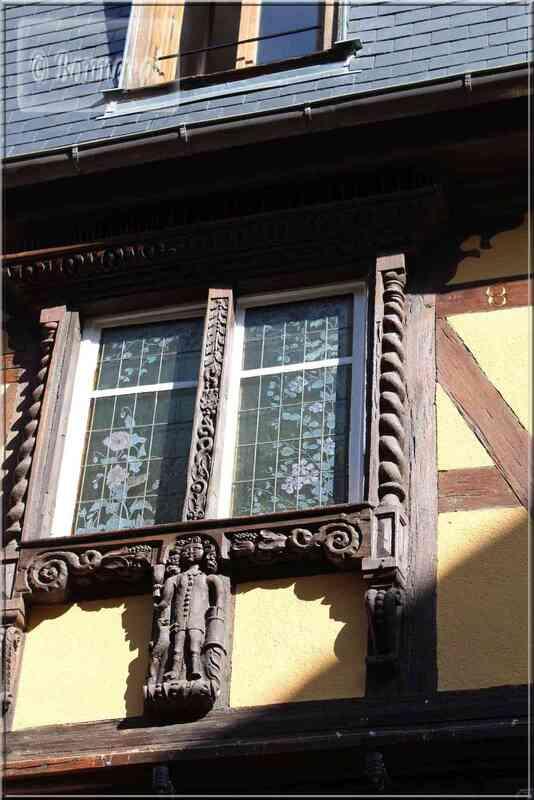 Alsace Haut-Rhin Route des Vins Riquewihr maison du Gourmet détail