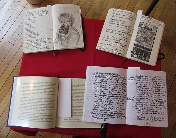 Michel Lagrange, écrivain et poète Châtillonnais, a offert tous ses manuscrits à la ville de Châtillon sur Seine....
