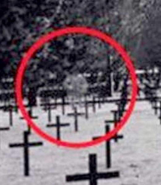 Fantome au cimetière militaire allemand de Neuville-Saint-Vaast - Paranormal