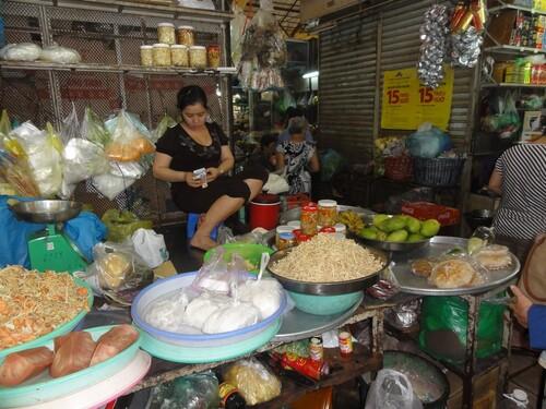 1er février: Ho Chi Minh