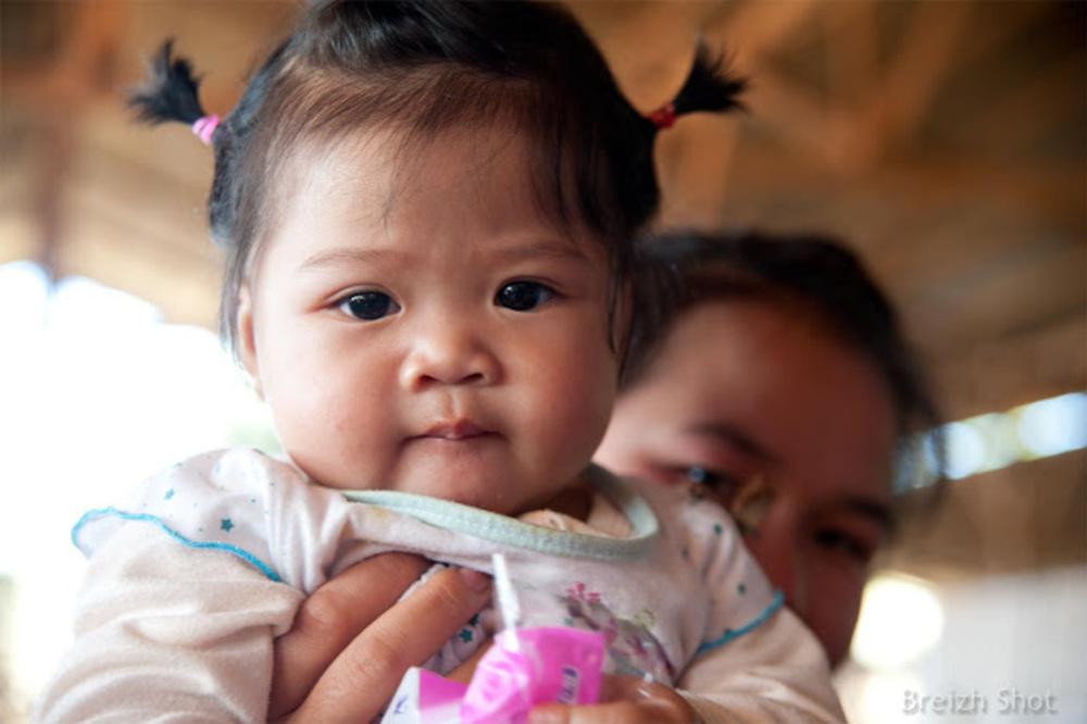 Thaïs noirs : Portrait d'une enfant