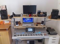 Un Bureau IKEA pour faire mon coin Musique !