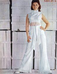 1966 / 1968, la combinaison blanche en dentelle...