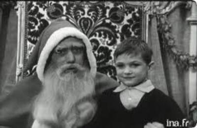 Noël en Algérie les 24-25 décembre 1961 dans quelques familles Pieds Noirs. Pour notre information afin de nous donner une idée de ce qu'a été ce dernier Noël de l'Algérie française