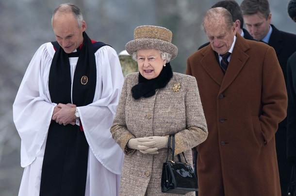 Elizabeth et Philippe à la messe