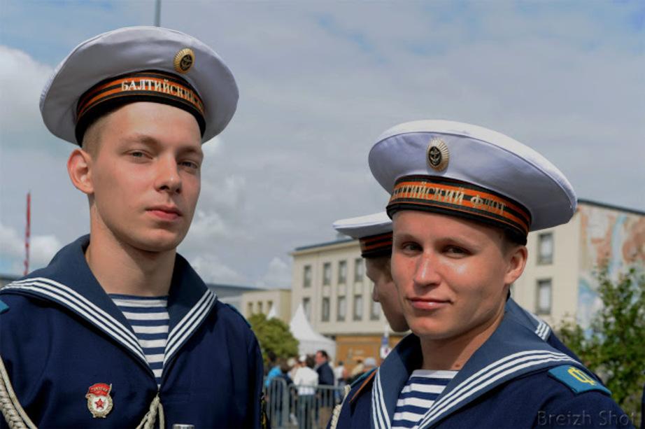 La marine russe aux Tonnerres de Brest - Un portrait de jeunes cadets de la marine Russe