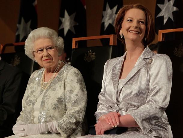 Elizabeth et Philipe au parlement