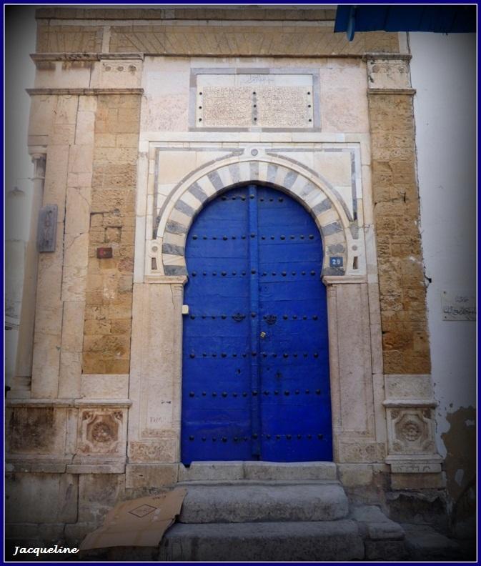 Les portes de la medina