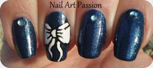 Nail art bleu jean et noeuds !