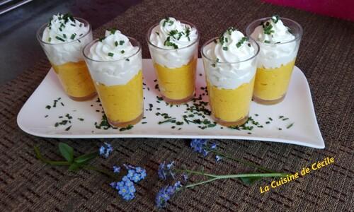 Verrines de crème de carottes et mousse de chèvre