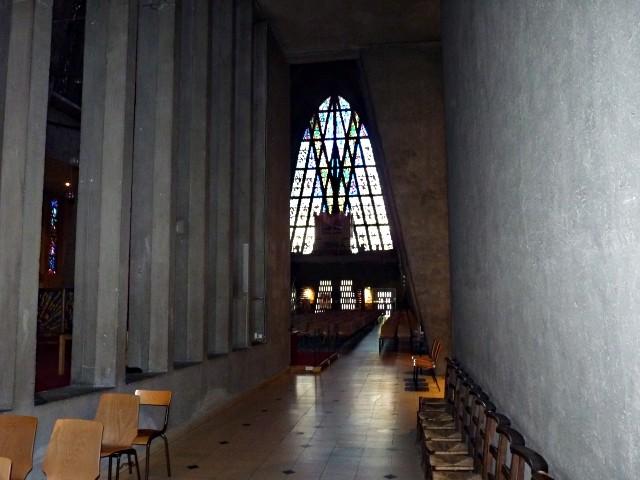 Eglise Sainte-Thérèse Metz 21 02 01 2010