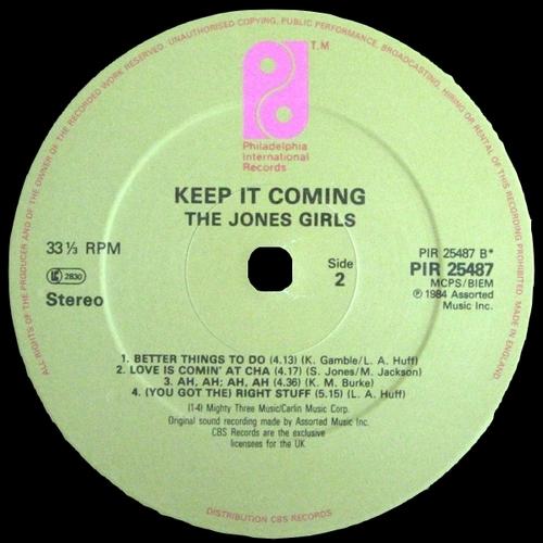 "1984 : The Jones Girls : Album "" Keep It Comin' "" Philadelphia International Records FZ 38555 [ US ]"