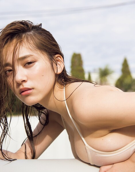 WEB Magazine : ( [FRIDAY Digital - Gravure] - |FRIDAY - 08/05/2019 - Sayaka Tomaru : 都丸紗也華 ムギュ。| )