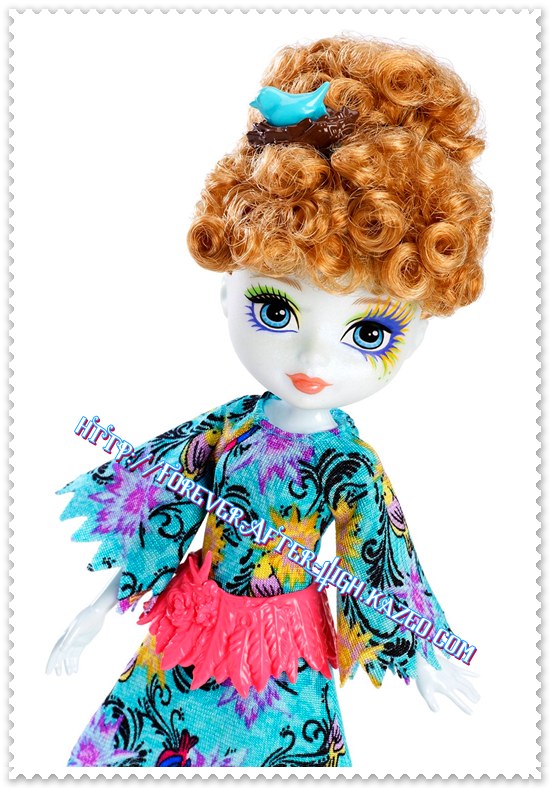 ever-after-high-forest-pixie-Featherly-doll-photo (2)