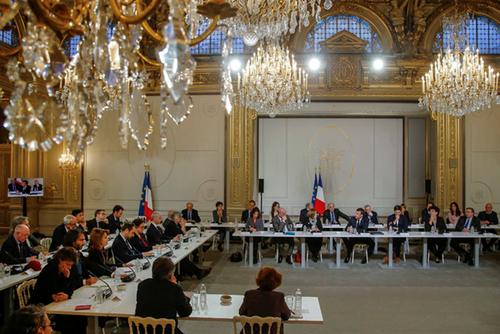 Les « intellectuels » et Macron, une opération de communication ratée