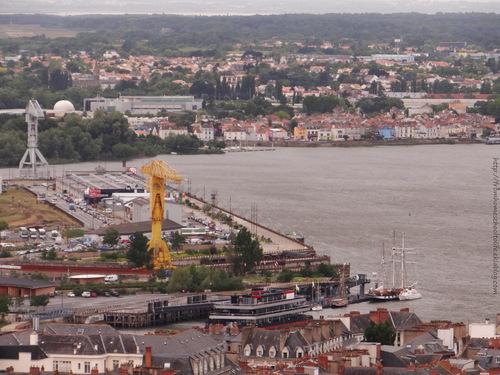 Nantes #3 - Quai des Antilles et Grues Titan sur l'île de Nantes depuis la tour Bretagne