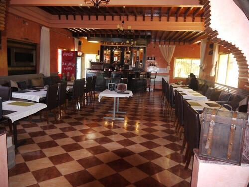 Une salle du restaurant.