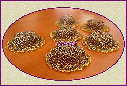 mini chapeau en perles 2