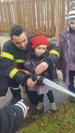 Chez les pompiers !