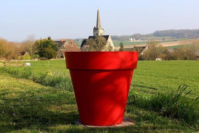 Eglise de Crissy sur Manse dans son pot de fleur