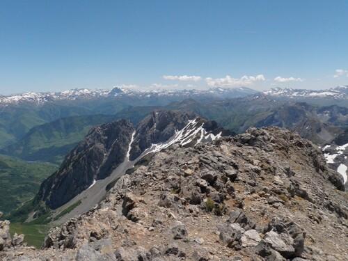 Vue vers le Pic du Midi d'Ossau