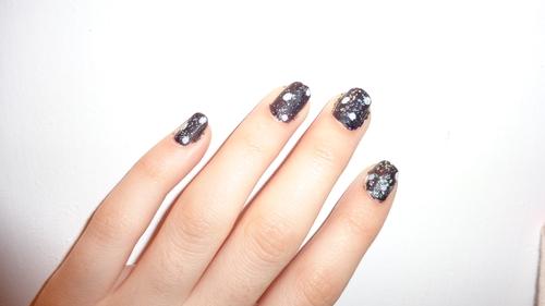 Les mystèrrieuses et leur nail art !! :)<3