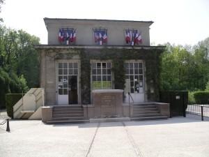 014-Facade Wagon clairière de l'armistice Rethondes
