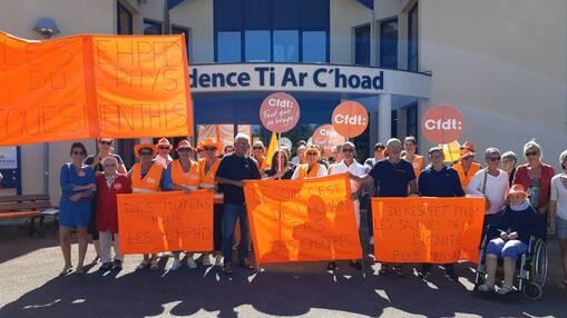 Le personnel des Ehpad du pays fouesnantais se sont retrouvés à Ty ar C'Hoad, hier, pour dénoncer leurs conditions de travail qui sont, selon eux, préjudiciables à l'intérêt des résidents.