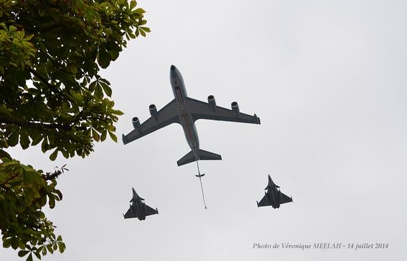 Défilé aérien du 14 juillet 2014 dans le ciel de Paris