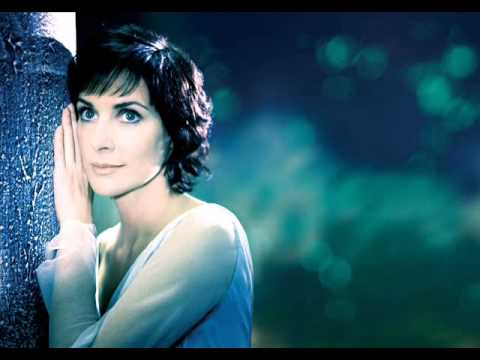 ENYA - Wild Child  (Celtique)